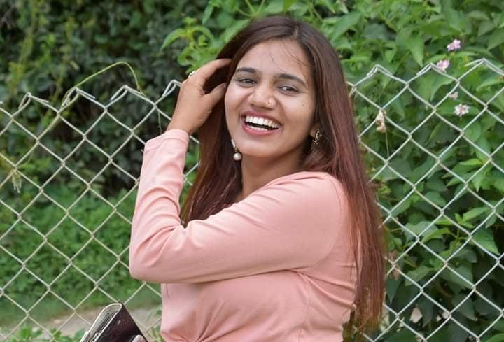 राधिका शर्मा